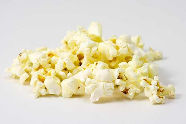 use microwave with stainless steel interior to cook popcorn